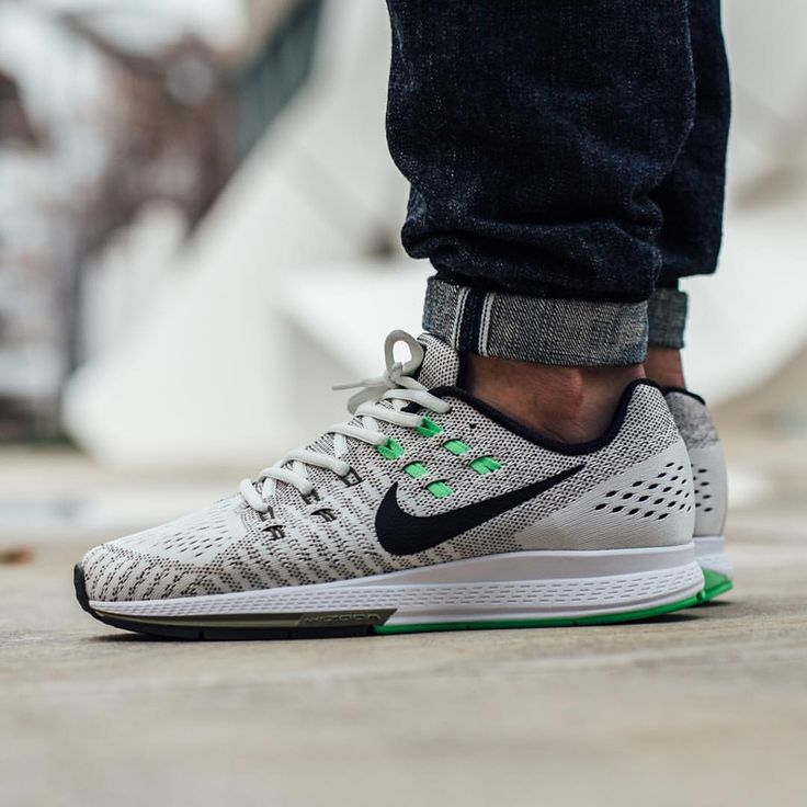 Nike Air Zoom Structure 19: Sail/Black-Cargo Khaki - Clothes On My Back |  Pinterest