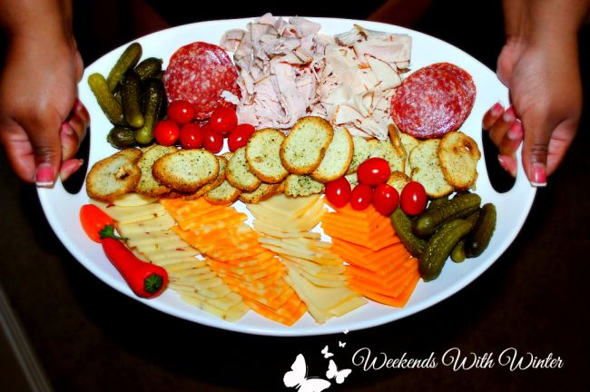 5 Elements to the Perfect Charcuterie Tray