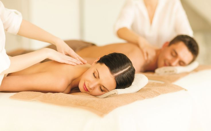 Un massage en tandem... / Have a relaxation massage with your loved one...