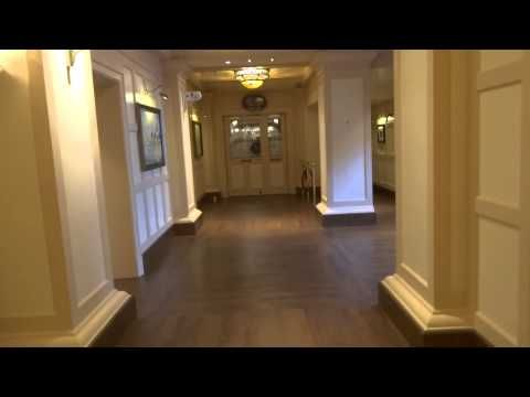 Disney's Newport Bay Club*** Disneyland Paris Outside and Entrance Hall ...