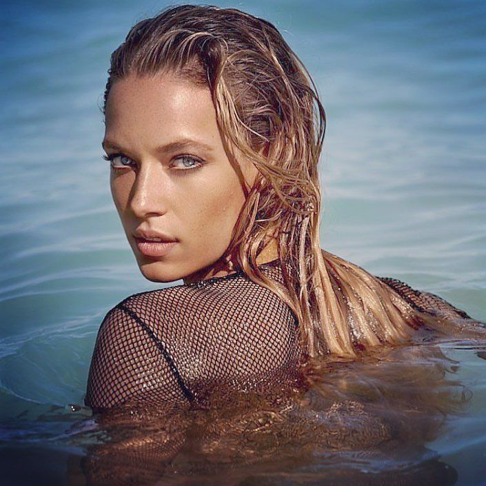 "8,220 Likes, 102 Comments - HANNAH  FERGUSON (@hannahfergusonofficial) on Instagram: ""🌊 You can't stop the waves, but you can learn to surf 🌊"""