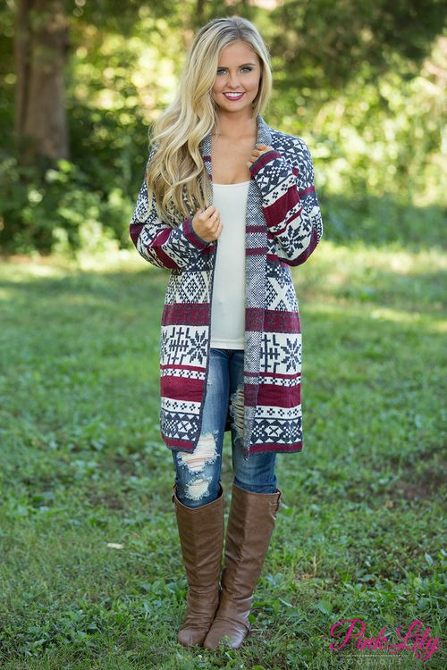 This beautiful tribal print cardigan is so cozy and simply perfect for enjoying fall fun this season! We love the classic combination of navy, wine, and cream - it's some of the best colors of the season!