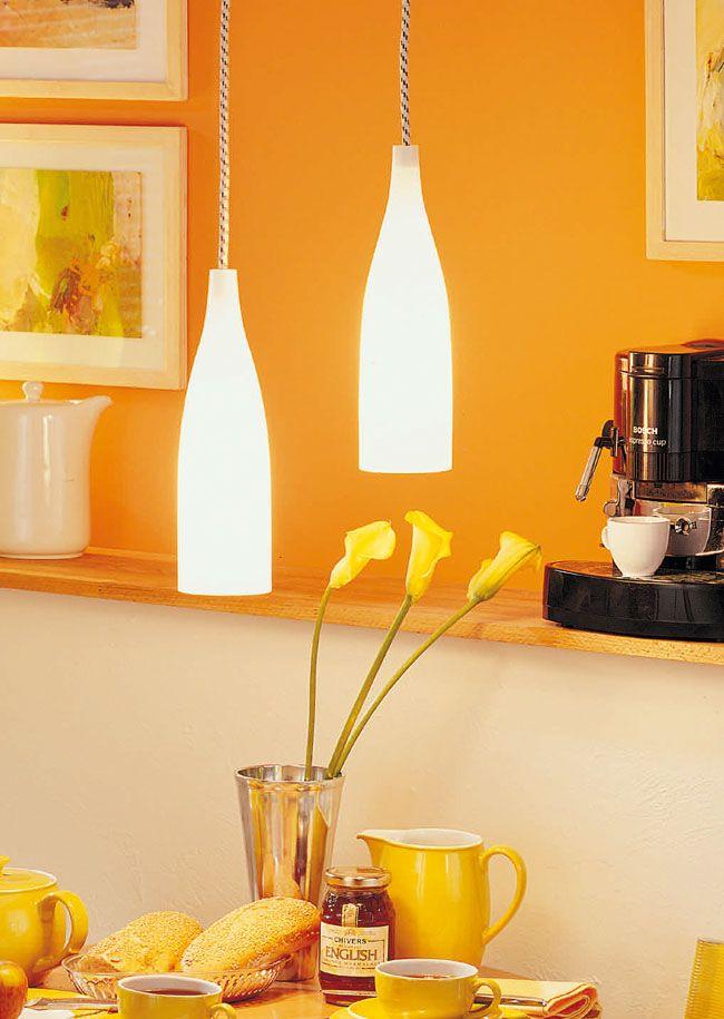Oltre 25 fantastiche idee su luci appese su pinterest luci attraverso il vetro lampade di - Bottiglie vetro ikea ...