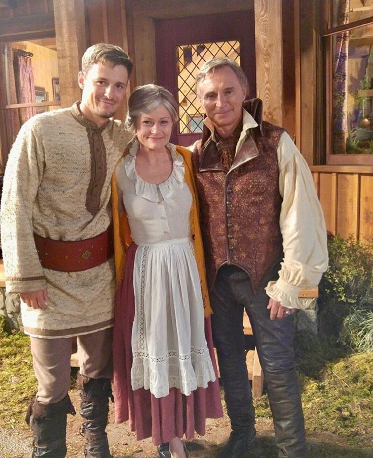 Gideon, Belle and Rumple #ouat #onceuponatime