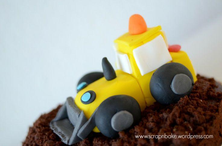 Maulwurf - Kuchen - Cake  - Bagger - Digger - Fondant - Cake Tooper