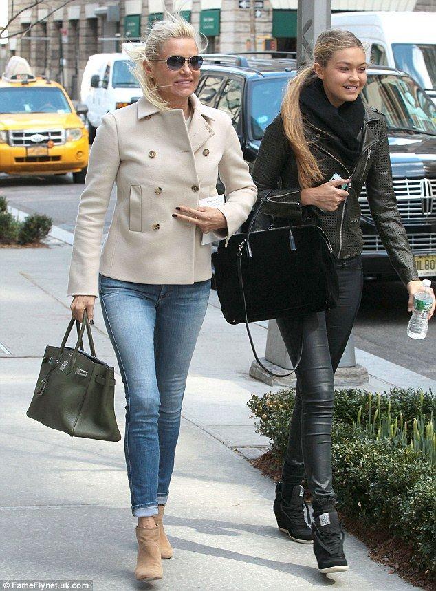 Yolanda Foster and daughter GiGi on set