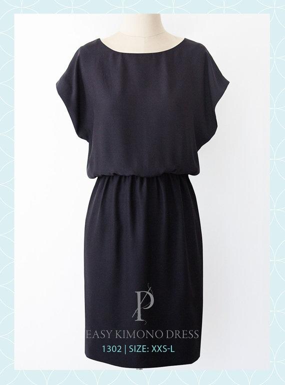 Easy Short Sleeved Dress Pattern  Elastic Waist  by PatternRunway, $9.50