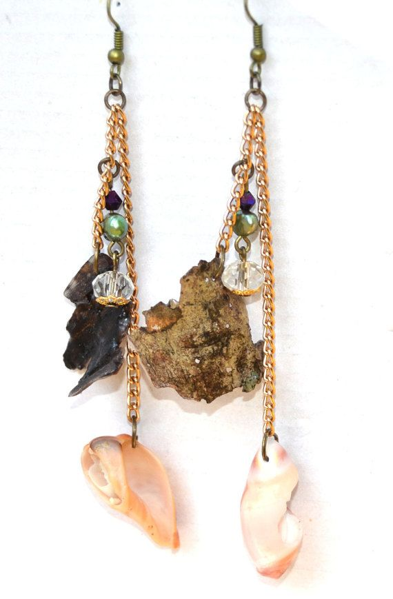 Driftwood bark and shell earrings by DriftwoodandMoss on Etsy