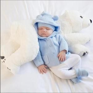 Baby Pillow Polar Bear Plush Stuffed Toy – Grandma's Gift Shop Baby Outfits, Baby Shooting, Cute Polar Bear, Foto Baby, Baby Pillows, Baby Store, Baby Girl Newborn, Baby Girls, Future Baby