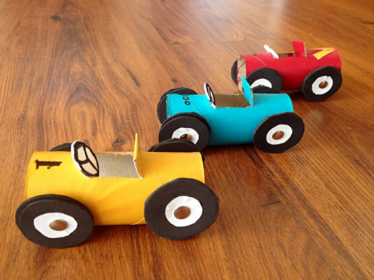 Kid's craft toilet paper roll race cars ! Kids Craft