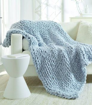 How To Make A No Needles Knit Blanket In 2020 Knitted