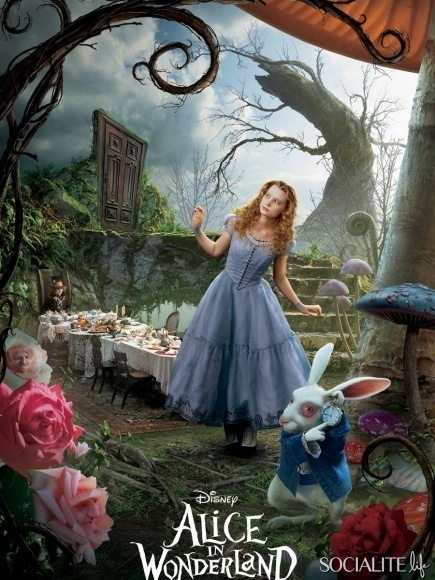 Alice in Wonderland: 20 Of The Greatest Disney Movies Ever / 14