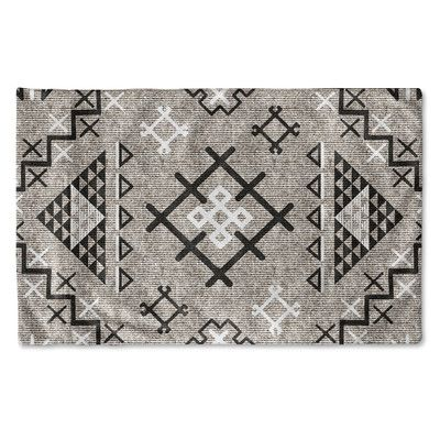 Kavka Aztec Pillow Cover Color: