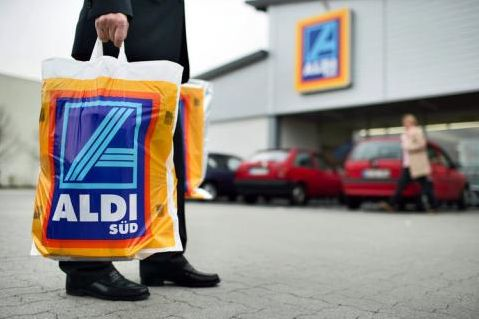 Aldi shopping from blog 52 ways to save $100 or more each week. Budgeting and money saving ideas
