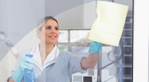 Cantinho das Ideias: Como remover manchas do box de banheiro? Veja misturinha caseira que resolve o problema