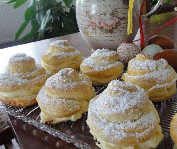 Jak upéct tradiční pašijové pečivo – jidáše | recept
