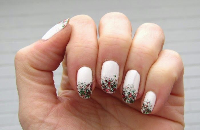 Sanne's Christmas nails: Red and green glitter gradient on Sally Hansen's Bleech Babe, 2014.