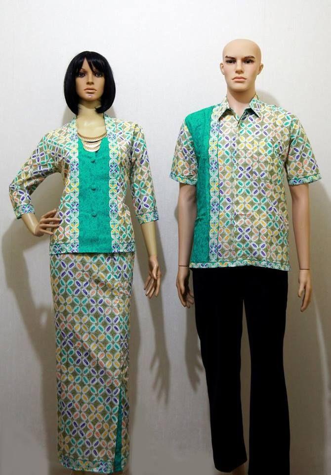 Kode: SGE 146 Narita Tosca Harga: 170.000 sepasang Sarimbit Kebaya Narita dipadu Rok Batik Katun Primisma Bahan Katun Super Primisma  Cewek: LD: maks 100cm P: 62cm LP: 94cm, PRok 90cm Cowok: M, L, XL Cara Order: Kode Barang + Alamat Lengkap ke: SMS / WA : 0856 4353 6660 PIN : 56a6c7e0 #fashion #batik #couple #sarimbit #batikcouple #gamis