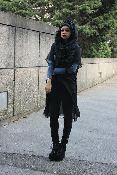 Binty K Collections Pom Pom Crinkle Hijab, Forever 21 Skinny Jeans, Ebay Litas, Topshop Chiffon Robe, Primark Long Sleeve Top (Saima C)