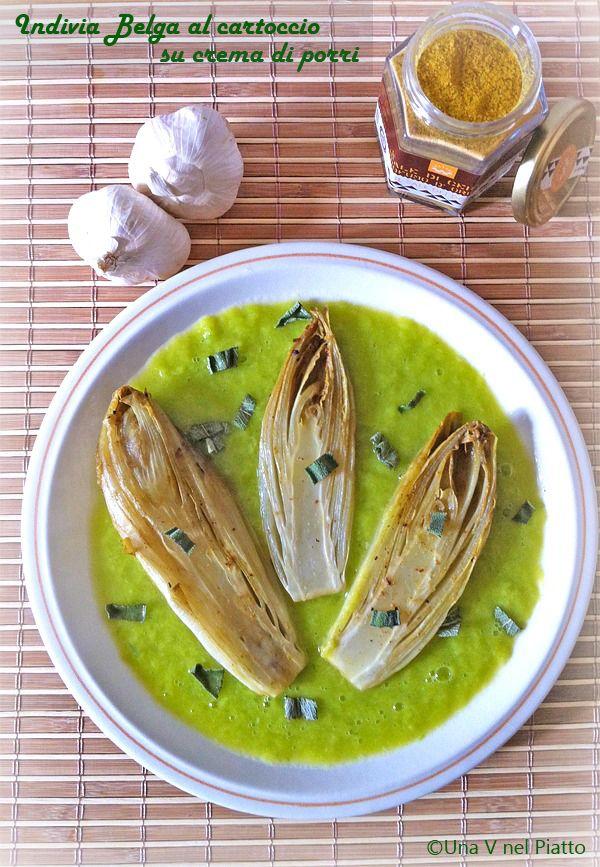 Indivia belga al cartoccio su crema di porri. La ricetta: http://www.unavnelpiatto.it/ricette/ricette-light/indivia-belga-al-cartoccio-su-crema-di-porri.php