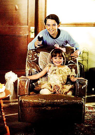 Baby Mulder & Samantha | 6x05 Dreamland II ADORABLE :)