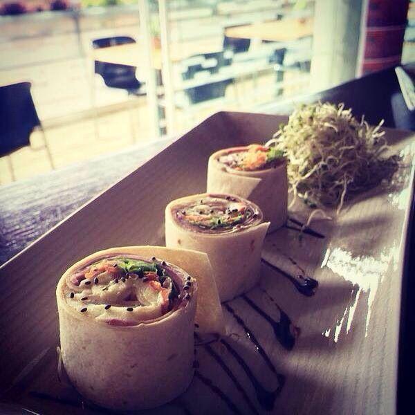 Mini wraps de jamón queso y vegetales