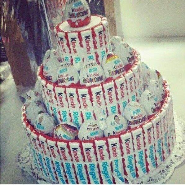 Für die Naschkatzen - Torte aus Süßigkeiten