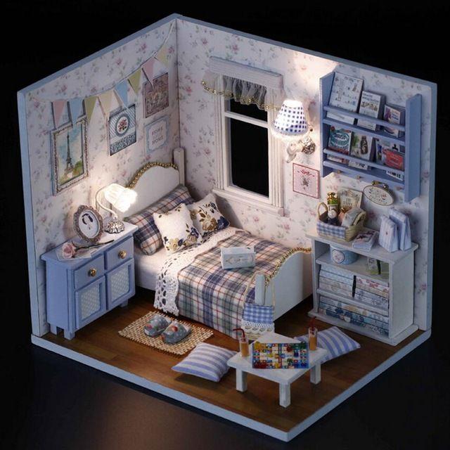 1 ШТ. Счастливый Серии DIY Деревянная Кукла Дом Номер Коробка Ручной Работы 3D Миниатюрный Dollhouse Деревянные Развивающие Игрушки Девушка Подарки