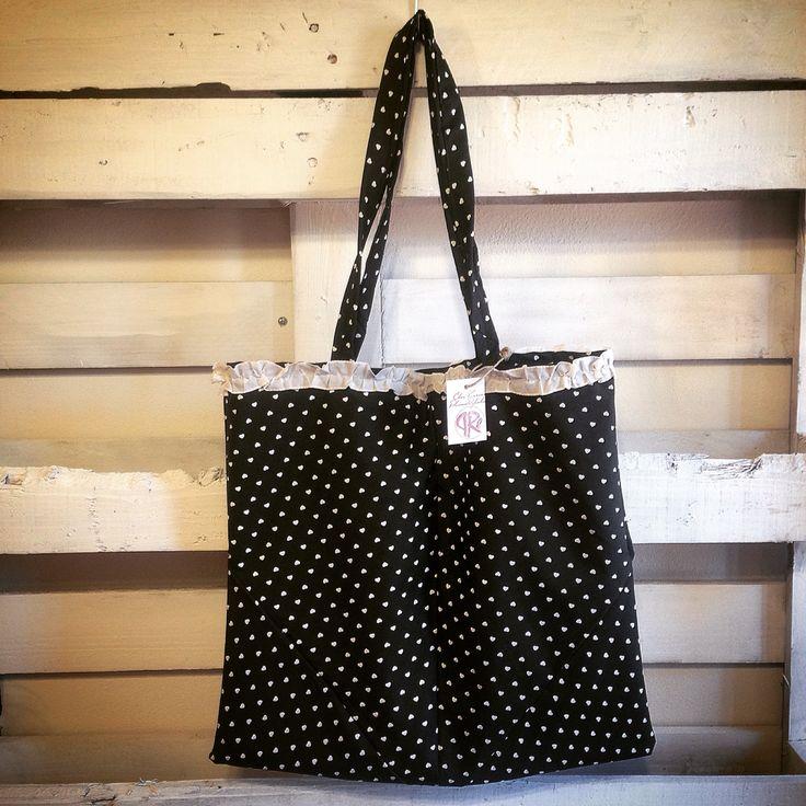 Shopper fatta a mano con ombrello #ooak #sewing #elisacaruso #craft #handmade #pois