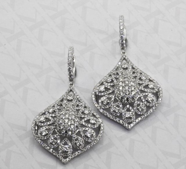 Diamond earrings by Kalfin Jewellery #kalfinjewellery #diamonds #diamondjewellery #diamondrings #earrings #diamond #designerjewellery #design #detail #style #follow #picoftheday #happy #love #lovely #couture #jewellers #engagementrings #cbdjewellers #fashion #fashionbloggers #stylebloggers #fashionista #luxury #wedding #bride #giftidea #present #blingbling