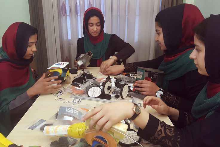 "Afghan teens finally approved to attend US robotics competition Sitemize ""Afghan teens finally approved to attend US robotics competition"" konusu eklenmiştir. Detaylar için ziyaret ediniz. http://www.xjs.us/afghan-teens-finally-approved-to-attend-us-robotics-competition.html"