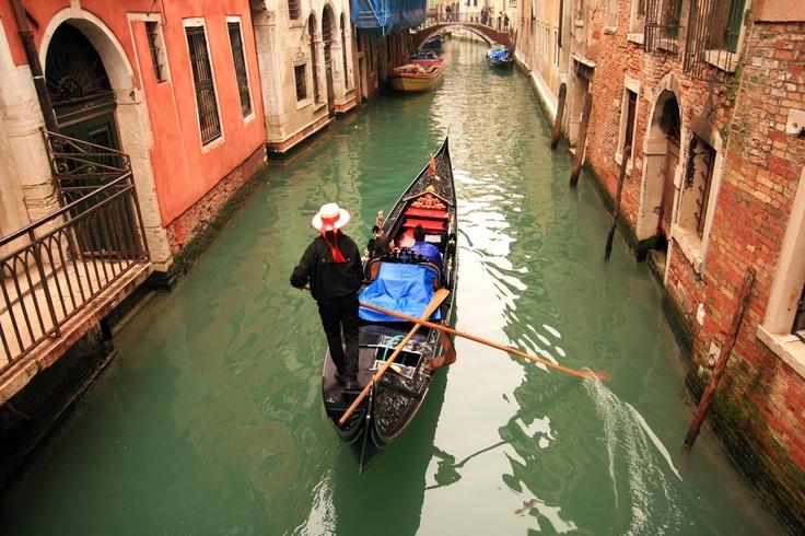 Passeio de Gôndola em Veneza, Itália