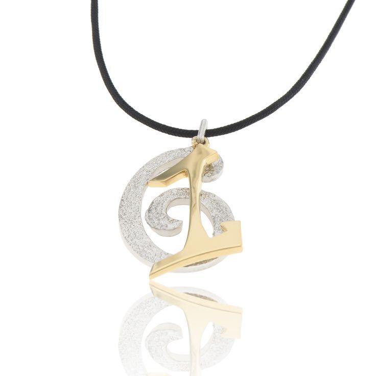 2016 Platinum and gold plated sterling silver charm with a cord.  Dimensions: 24 X 27 mm. Γούρι 2016 παντατίφ σε ασήμι 925 επιπλατινωμένο λευκό και επιχρυσωμένο σε κορδόνι.  Διαστάσεις : 24 X 27 mm.