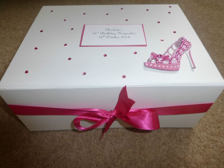 Large Personalised Memory Keepsake Box 18th 21st 30th 40th 50th Hot pink shoe