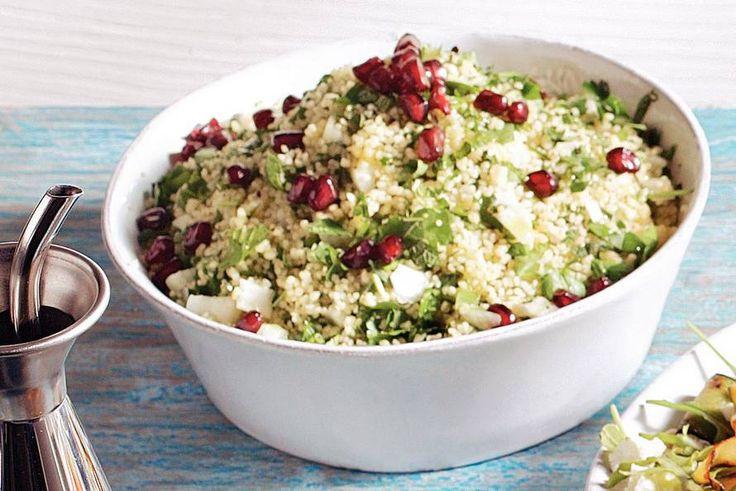 Marokkaanse couscous met verse kruiden en granaatappel - Recept - Allerhande