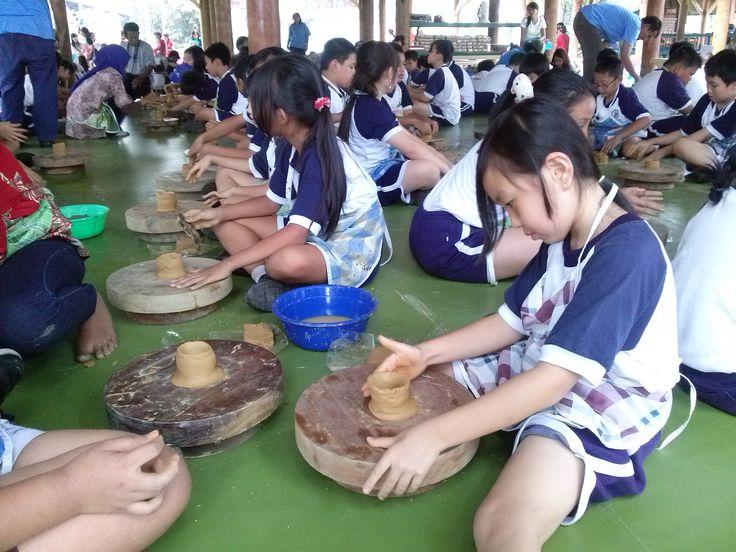 Pelatihan Keramik di Citra Alam Lakeside, Cermin Kesenian dan Kbudayaan