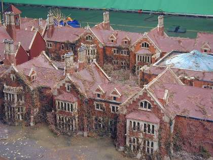 Rose red mansion pictures bing images rose red seatle for Model house movie