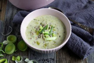Käse - Lauch - Suppe mit Hackfleisch
