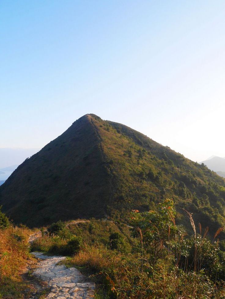 The Pyramid Hill along the MacLehose Stage 4 Trail in Hong Kong - shape just like one, doesn't it?