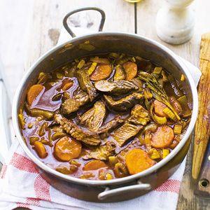 Recept - Rundvlees in rode wijn - Allerhande