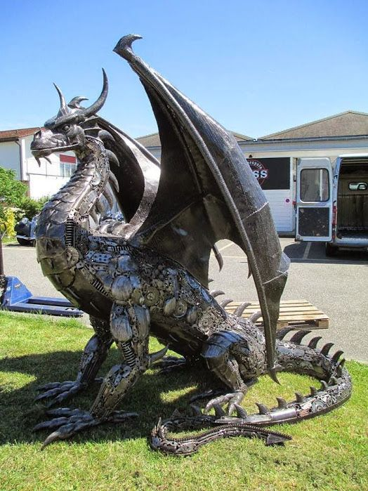 DIY Steampunk Dragon Made from Recycled Car Parts - http://diyforlife.com/diy-steampunk-dragon-made-recycled-car-parts/ - #Dragon, #Recycled, #Steampunk: