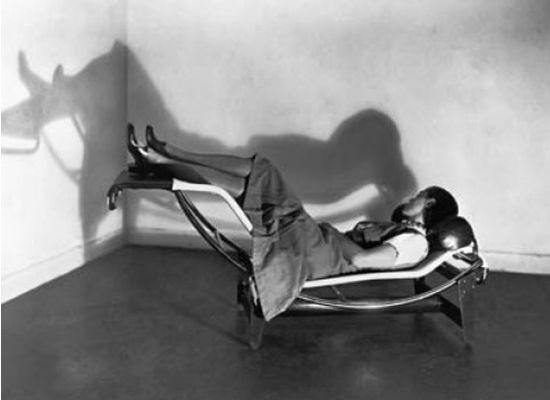 Charlotte PerriandChai Lounges, Lounges Chairs, Chaise Lounges, Le Corbusier, Charlotteperriand, Lecorbusier, Lounger, Charlotte Perriand, Bottle Longue