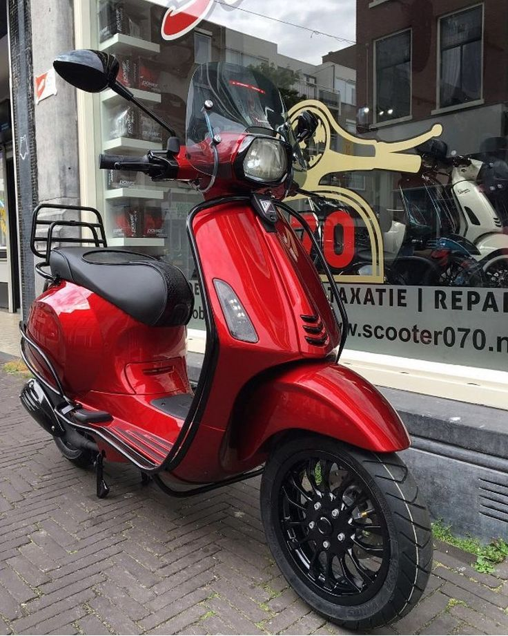 Best 25 scooter custom ideas on pinterest scooter for Garage modification