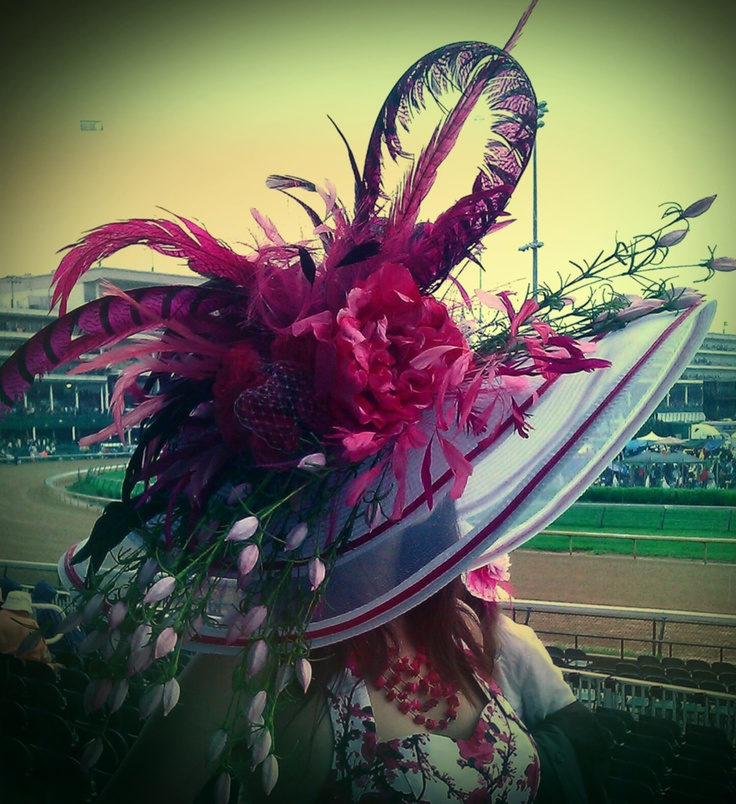 First hat I've ever made.  Wore it to the 2013 Derby (the 139th Kentucky Derby) with my Hearts & Roses dress.