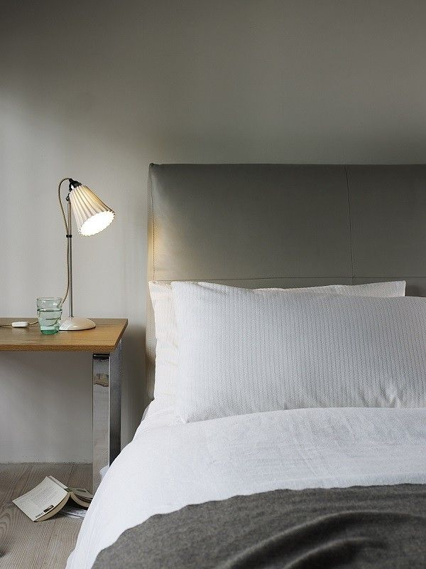 Hector Medium Pleat Table Light Natural White by Original BTC @peterreidlighting #designertablelight