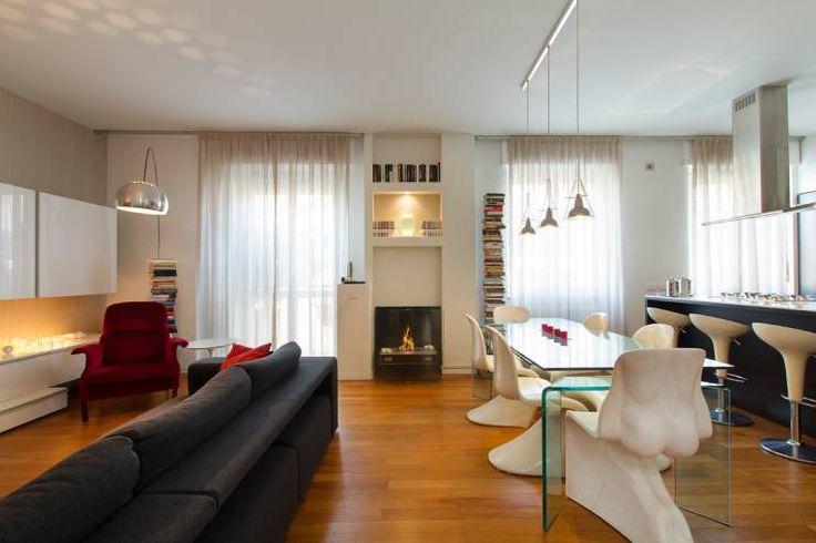 Appartamento open space : Soggiorno % in stile % {style} di {professional_name}