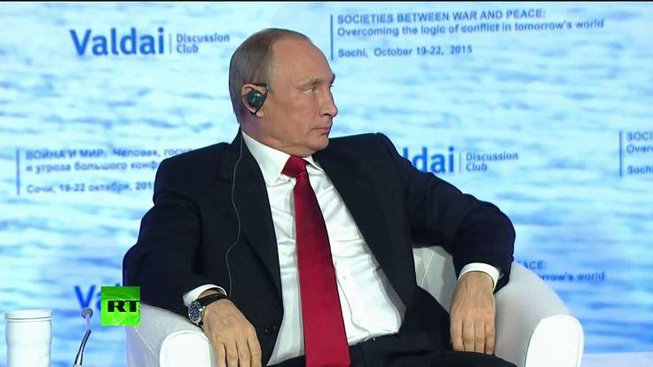 Владимир Путин принимает участие в дискуссионном клубе «Валдай»