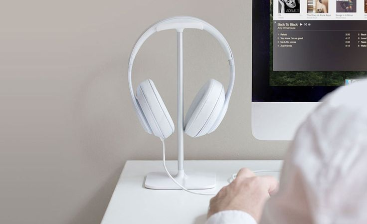 BlueLounge Headphone Stands   Cool Material
