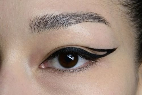 Geometric liner- only one side if short on time