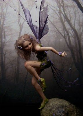 Gorgeous little fairy folk from Fairystudiokallies.
